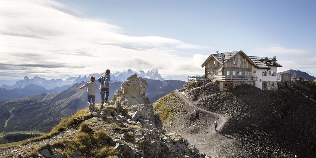 Val di Fassa - Costabella - Rifugio Le Selle - Fototeca Trentino Sviluppo S.p.A. - FOTO DI Daniele Lira