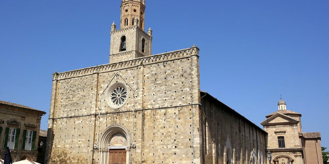 Atri, Basilica di Santa Maria Assunta