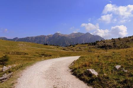 Strada sui Monti Lessini