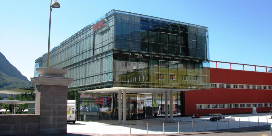 Eurac, Accademia europea di Bolzano