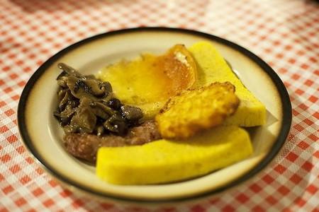 Cucina delle Alpi, piatto tipico con formaggio Lagorai