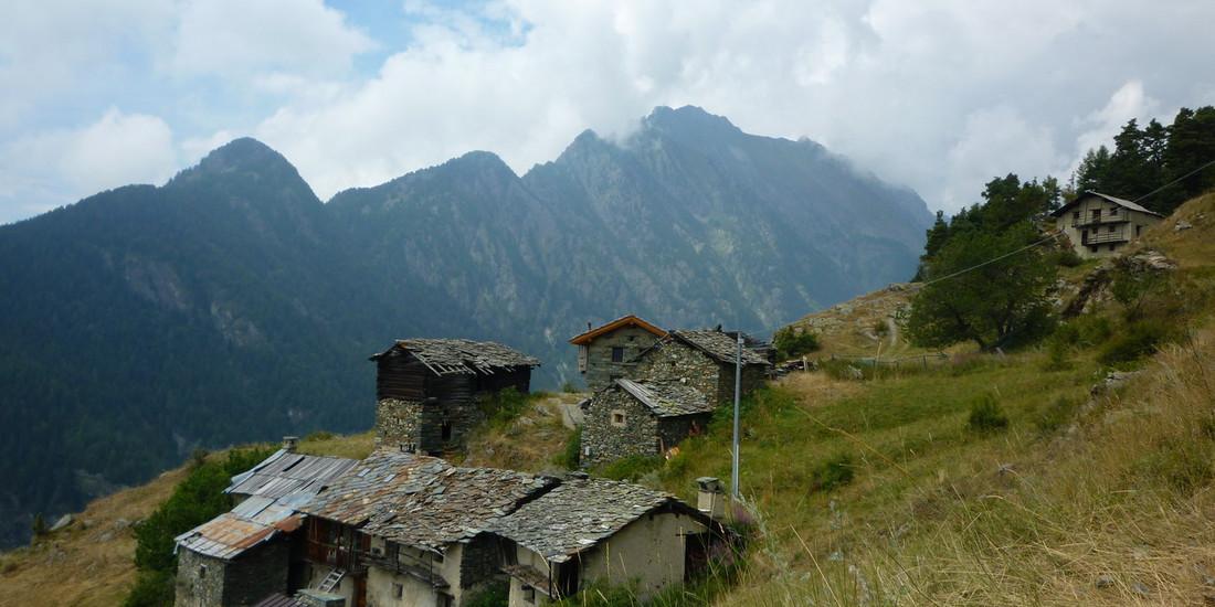 Valle d'Aosta, Estoul, Il richiamo della foresta