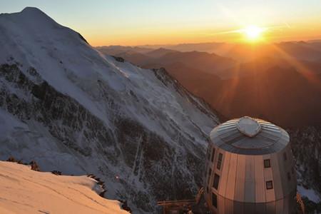 Cantieri d'alta quota_La costruzione dei rifugi sulle Alpi e la loro valorizzazione nei musei alpini