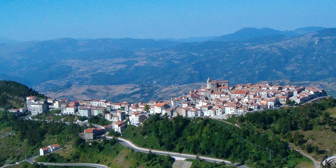 Panorma di Schiavi di Abruzzo, provincia di Chieti