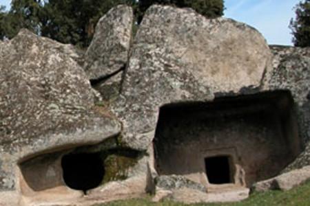 Buddusò domus de janas di Ludurru