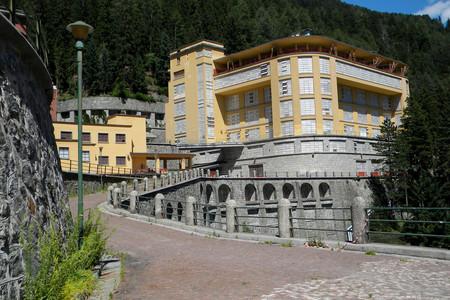 Il Padiglione servizi da sud Ovest di quello che fu il più grande sanatorio europeo