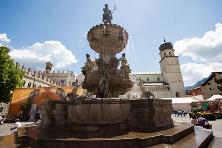 Fontana del Nettuno, durante il Festival dell'Economia di Trento