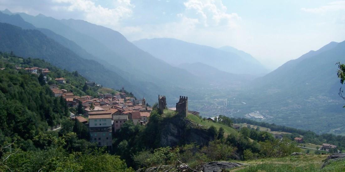 Panorama castello di Cimbergo e Valle Camonica - Paspardo (Foto Luca Giarelli)